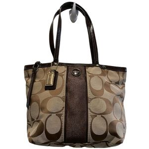 Coach Signature Brown and Patent Leather Shoulder Handbag Style# F21950